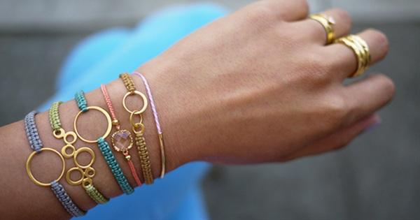10 Easy Beautiful Bracelet Tutorials